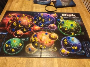Risk-Starcraft-Board-And-Pieces